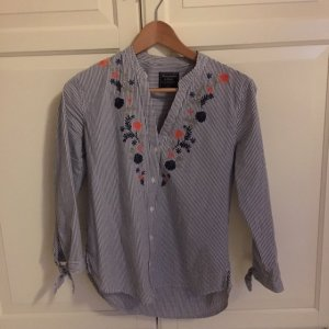 Abercrombie & Fitch Bestickte Bluse