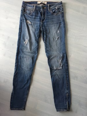 Abercrombie & Fitch Destroyed Jeans W25
