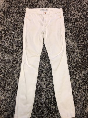 Abercrombie & Fitch Low-Rise Trousers white