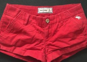 Abercrombie & Fitch Short moulant rouge