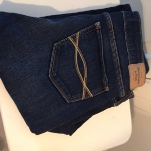 Abercrombie & Fitch Jeans //  W27 L31