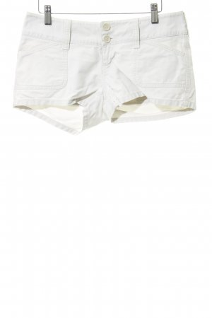 Abercrombie & Fitch Shorts blanco puro look casual