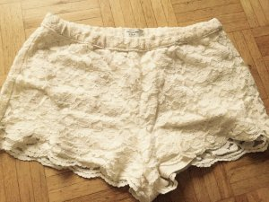 Abercrombie & Fitch Shorts cream