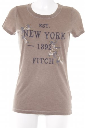 Abercrombie & Fitch Camiseta letras bordadas look Street-Style
