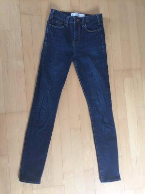 Abercrombie High Waste Jeans Gr. 25, neuwertig