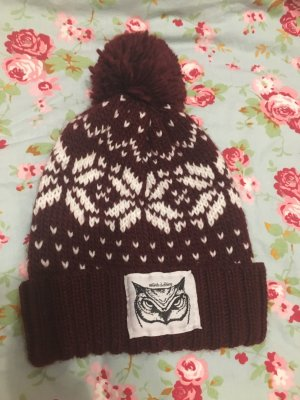 Knitted Hat bordeaux-white wool