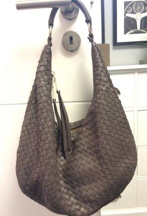 abro - Handtasche in taupe, geflochtenes Leder