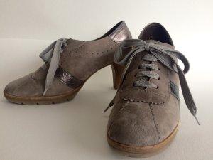 Absatz-Schnürschuhe in Sneaker Optik