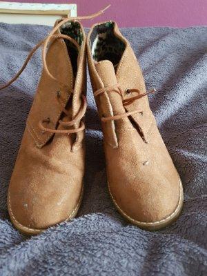Absatz Schuhe zum Schnüren