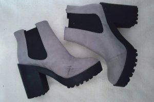 H&M Platform Boots multicolored