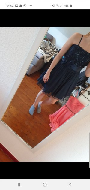 Abschluss Kleid