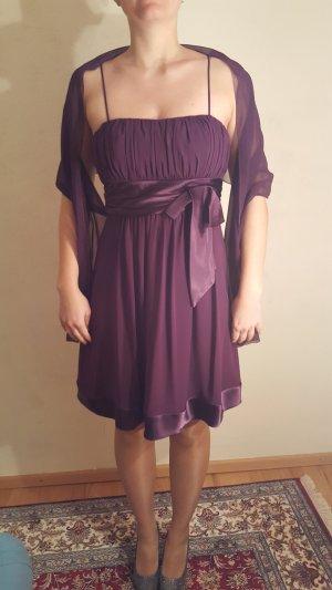Abschlußballkleid mit passendem Schal/Stola