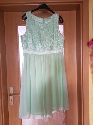 Abschlusskleid in mintgrün