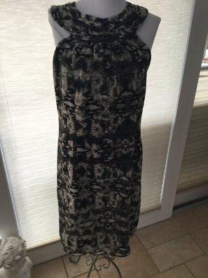 Absolut schickes Kleid mit Animalprint