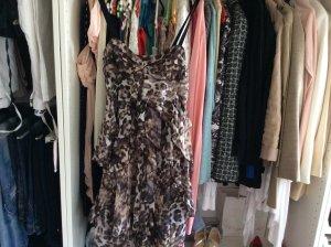 Absolut Zucker von H& M leoprint Kleidchen Gr 36 überall ausverkauft!!!