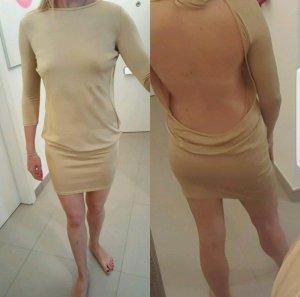 Absoluter Hingucker! #Nude Kleid mit freiem Rücken