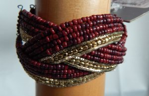 Armlet bordeaux-gold-colored