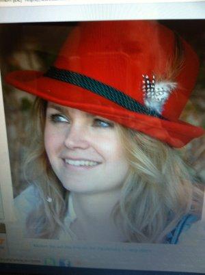 Cappello tradizionale rosso Lana