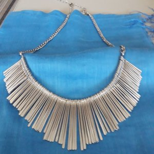 Accessorize Collar estilo collier color plata metal