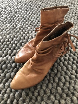 Aces of London Botines Chelsea camel