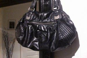 Achtung reduziert! Schwarze Lederimitat-Tasche von Esprit