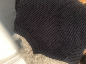 H&M Turtleneck Sweater black