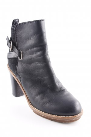 Acne Booties schwarz Materialmix-Look