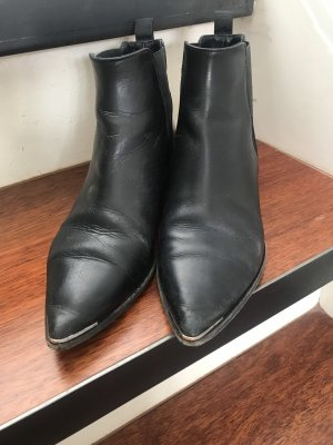 Acne Chelsea Boots black