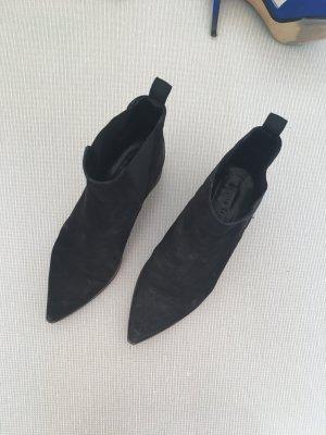 Acne Enkellaarzen zwart