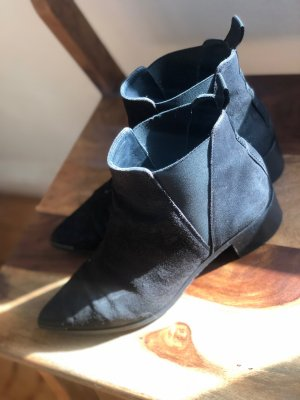 Acne Ankle Boots black