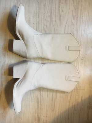 Acne Studios Boots Cremeweiss