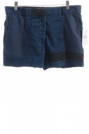 Acne Studios Shorts blau-schwarz Street-Fashion-Look