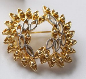 Vintage Brooch gold-colored-silver-colored