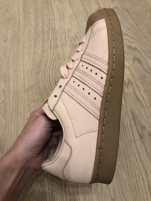 Adidas Zapatilla brogue rosa
