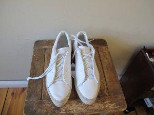 ADIDAS 41/42 weiß Sneaker Turnschuhe Halbschuhe Plateau