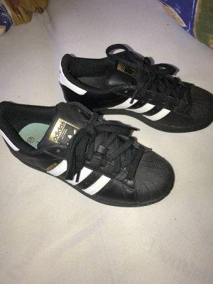 Adidas Originals Basket à lacet noir-blanc