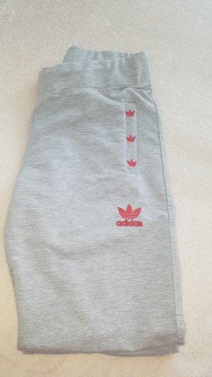 Adidas Chándal gris claro-rojo