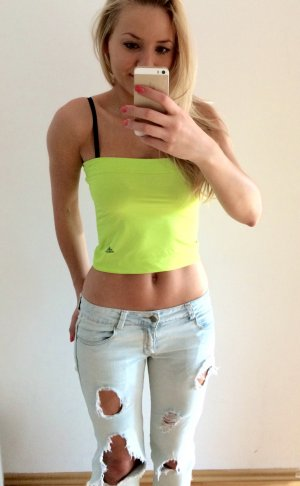 Adidas Backless Top meadow green