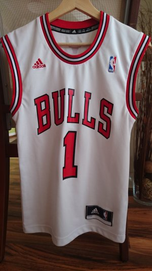 Adidas Basketball Shirt Gr. XS Weis / Rot