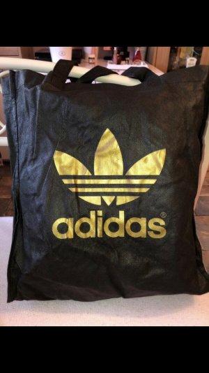 e793b4d98bd Adidas Tassen tegen lage prijzen   Tweedehands   Prelved