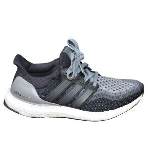 Adidas Boost Sneaker, Schwarz und Grau Gr. 38