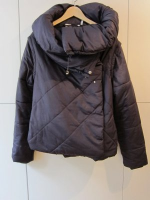 adidas by Stella McCartney Winterjacke, wattiert, Gr. 40, aubergine