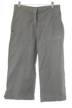 Adidas Pantalón de camuflaje caqui look masculino