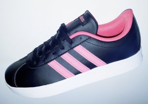 Adidas Lace-Up Sneaker black-pink