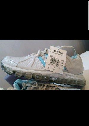 Adidas Damen Laufschuh größe 40 Neu.