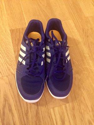 Adidas Damen Sneaker Fitnessschuhe Gr. 40 neuwertig