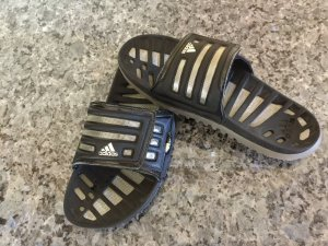 Adidas Dusch- und Badeschuhe