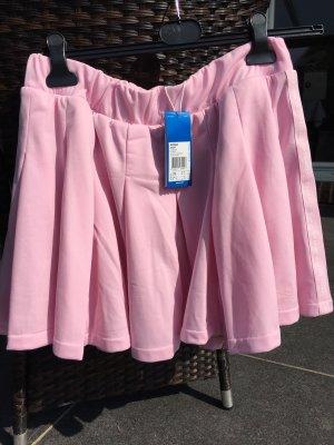 Adidas Falda a cuadros rosa