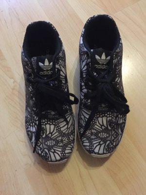 Adidas Flux schwarz weiß