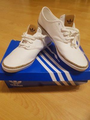 Adidas, Freizeit Schuhe